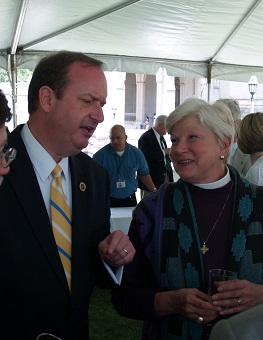 Parishioner Craig McKee helping represent Indiana at Major States Day, National Cathedral, 2007.